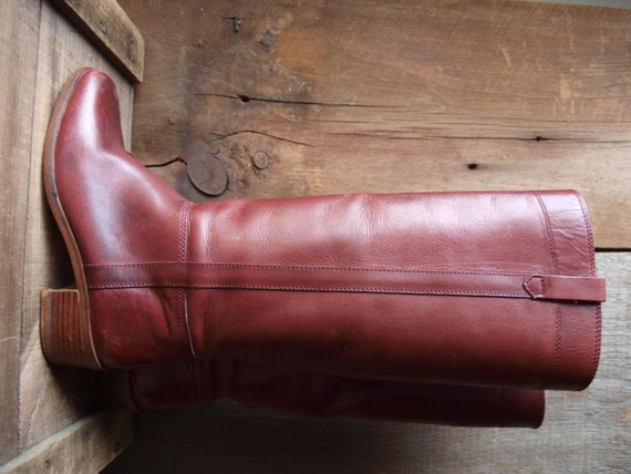 Burgundy leather knee high boots//Vintage knee high boots//vintage leather boots//equestrian boots//horse riding boots
