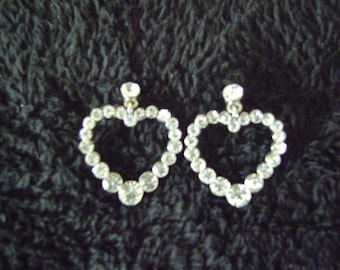 Rhinestones Pierced Heart Shape Earrings
