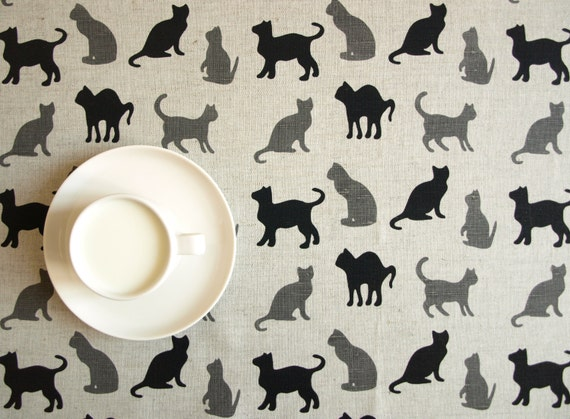 Black cat silhouette pattern