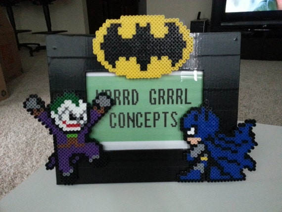 batman and the joker 8 bit picture frame