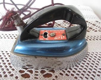 Vintage Clem English Travel Iron