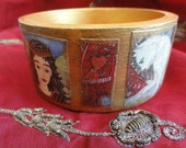 Art Bangle Bracelet - Princess Lily and the Puzzle Cat