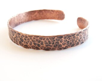 Elegant copper bracelet cuff - bold and wild giraffe texture - custom size available