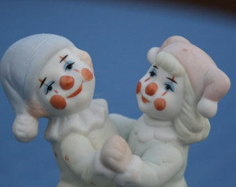 "Vintage Porcelain DANCING CLOWNS music box,   Plays ""Send in the Clowns"""