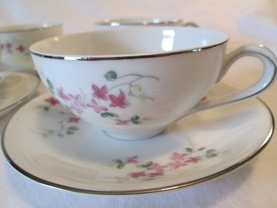 Vintage Hira Fine China Pink Vine 4187 Cup & Saucer - Set of 4