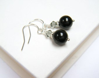 """Black Pearl Earrings, Black Earrings, Bridesmaids Gifts, Bridal Party Gifts - """"Present Moment Black"""""""