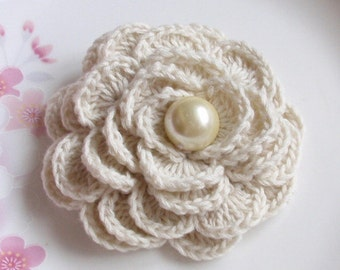 Crochet Flower in 2-3/4 inches In Cream YH-141-07