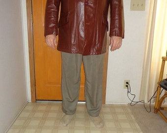 Mans,mens Sears Brown Leather coat, jacket size 48R or XXL with removable liner