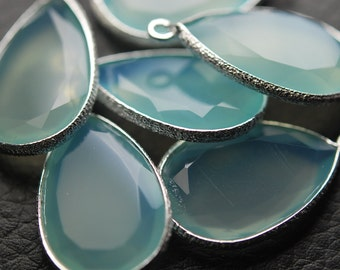 925 Sterling Silver HAMMERED, Aqua Chalcedony Faceted Pear Shape Pendant,1 Piece of 22-23mm