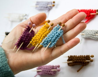 Knitting pin, set of 3 pieces - pure wool -