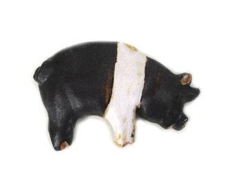Pig Magnet by Zoo Ceramics Farm Animal Gift Saddleback Pig