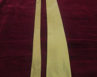 Vintage Olive Green Silk Neck Tie, Don Loper, ca Late 1950s - Early 1960s