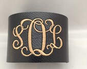 15 monogrammed  for Letizia Abbatiell bracelets  with make it up, the agency embroidered