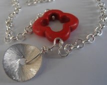 Natural Red Howlite Gemstone Clover in Silver plated rolo chain with Silver Hammered Disc charm bracelet
