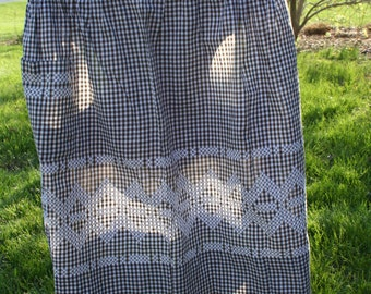 Vintage half apron Black and white with Embroidery and Pocket Rustic Wedding Decor