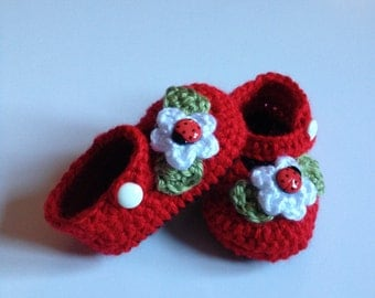 Crochet Baby Booties, Mary Janes, 0 to 3 Months