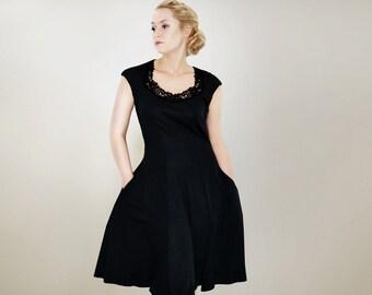 E.L.I.S.E black jersey dress