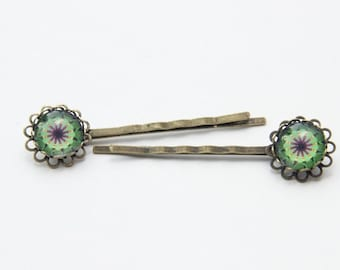 Hair clips with bright green pattern