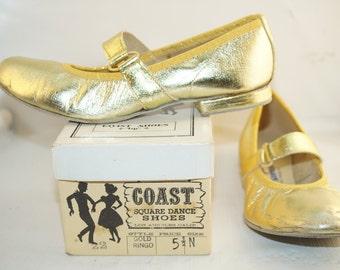 Vintage Coast Gold Square Dance Shoes size 5.5