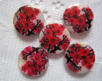 6  Fuchsia Red Black & White Floral Mother Of Pearl Resin Round Flat Coin Beads  20mm