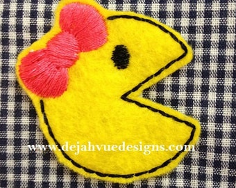 Mrs Yellow Monster Embroidery Design Feltie