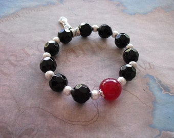 Azabache charm (figa hand) bracelet