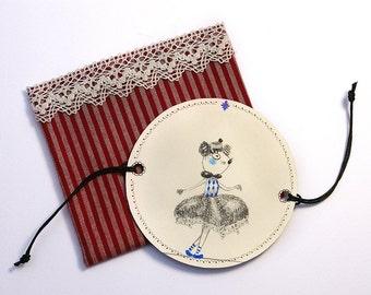 Thaumatrope paper optical toy illusion - original illustration - OOAK - Rope-dancer Mouse