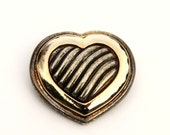 Vintage Metallic Gold Silver Tone Large Heart Brooch Pin Love Valentine Summer Spring Mother Day Romantic Retro Geometric Kitsch Jewelry