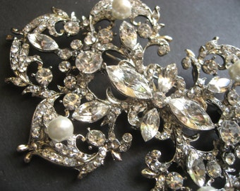 Queen Glamours Swarovski Rhinestones Crystals and Pearls Wedding Bridal Bridesmaids Brooch Pin