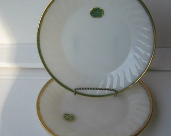 Vintage 1950's Fire King/Anchor Hocking White Swirl Dinner Plates and Saucers