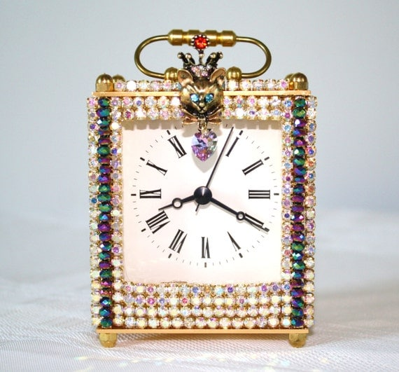 Rhinestone and Crystal Carriage Clock/QUEEN KITTY