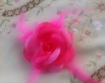 Fuchsia  Flower Brooch, fuchsia  flower hair clip, Wedding Accessory, LoreNovedades