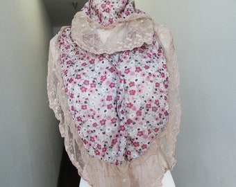 Very Cute Fashion  scarf with  lace ruffled