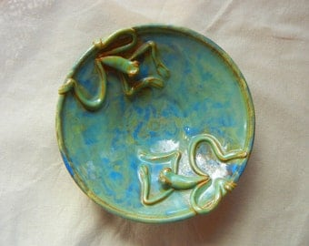 Swimming Frog Bowl Medium Stoneware