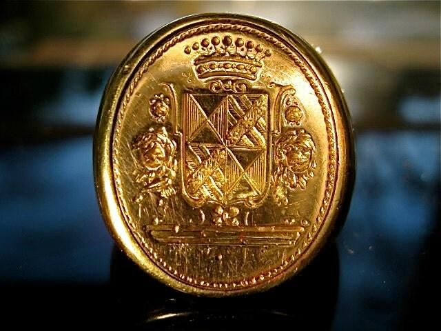 18kt Gold Vintage Signet Ring W Coat Of Arms Crest 18k Estate