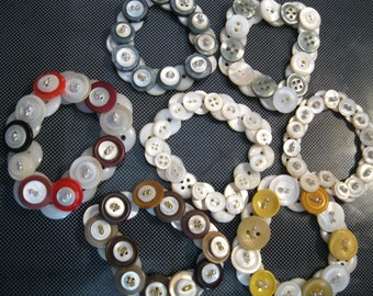 vintage button bracelet mother of pearl and colors