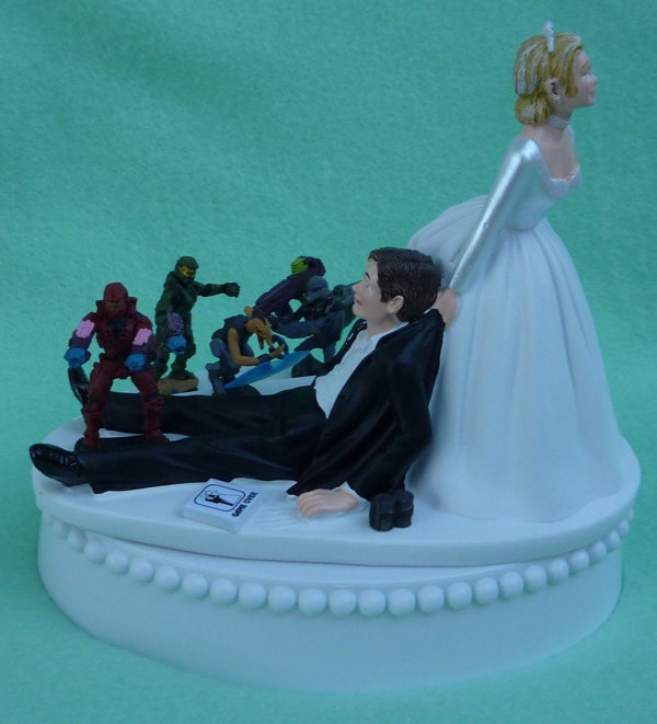 Wedding Cake Games: Wedding Cake Topper Halo Video Game Player Gamer Gaming Themed