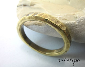 Handmade, hammered brass Ring / Band.. Wedding Band.. Men's / Women's Ring.. Brass Band.. Custom Ring..