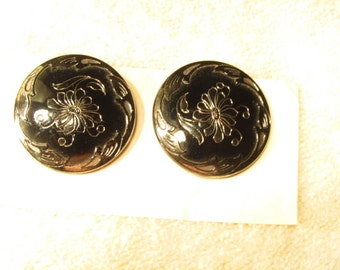 Reduced price   victorian buttons, black glass with silver lustre