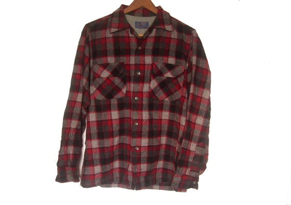 Vintage men 39 s pendleton board shirt wool red plaid size for Mens red wool shirt
