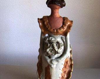 Casa De Campo Figurine Of A Woman Statue