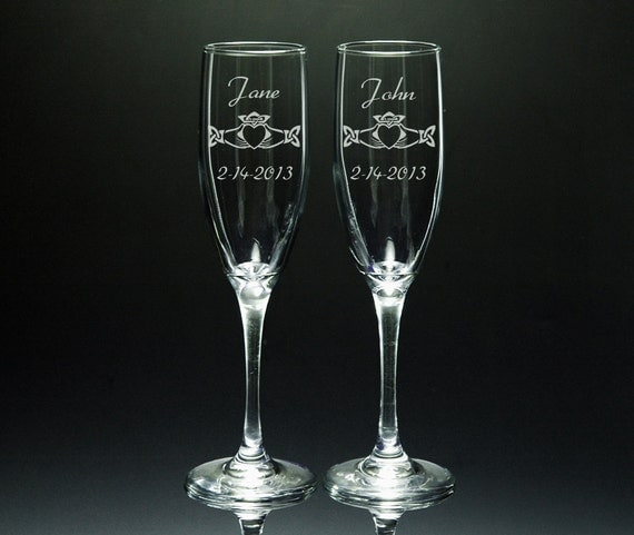 Wedding Flutes Claddagh Personalized Etched Glass Flute