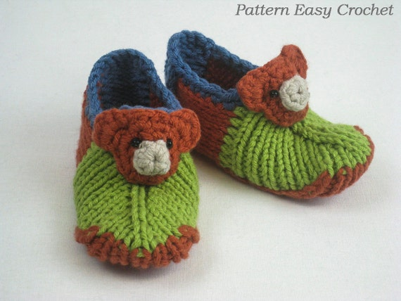 Items similar to Knitting pattern baby slippers with bear ...