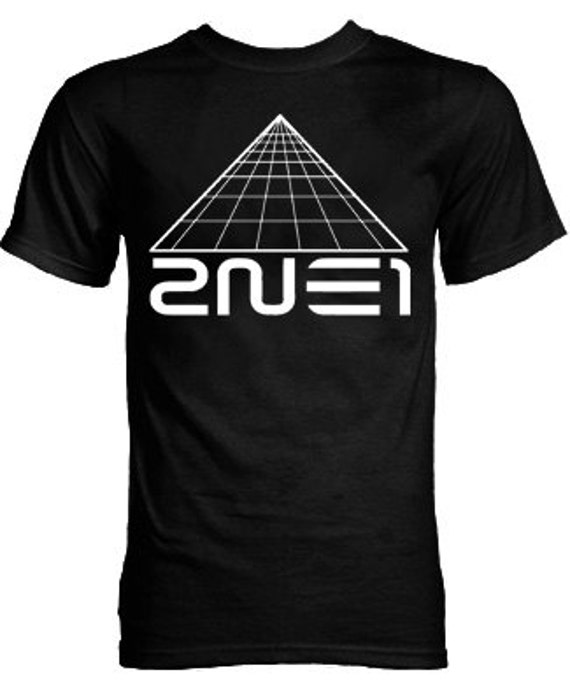 "2NE1 ""I Am The Best"" Pyramid Logo K-pop T-Shirt"