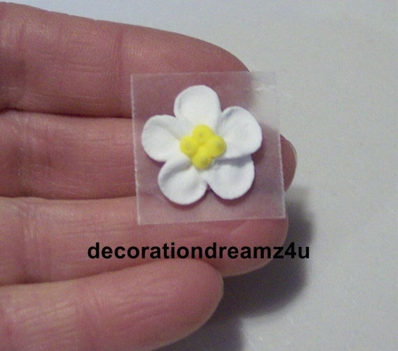 wedding cake toppers icing flowers edible edible flowers edible topper royal icing 26498
