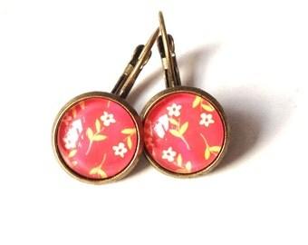 Flowers - red earrings in vintage style