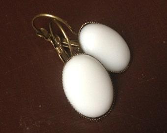snowflake - white earrings