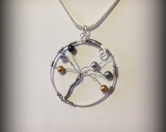 Family Tree Necklace in Silver or Gold with Swarovski Birthstone Pearls