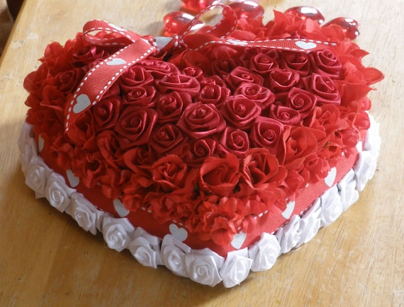 Heart Shape Cake Decoration At Home : Items similar to Love for Mom, Heart, Red and White Cake ...
