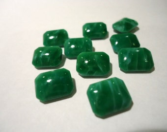 Vintage Jade Green colour Opaque Glass stone Octagonal 10mm x 8mm - 6g approx 10 pieces